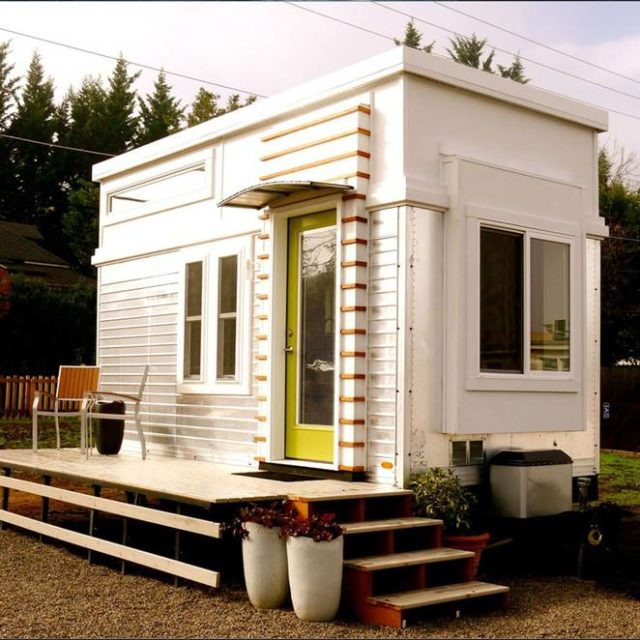 Man Rebuilds Salvaged Trailer Into 200 Sq Ft Tiny Home