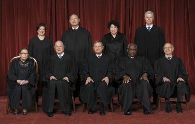 1200px-Supreme_Court_of_the_United_States_-_Roberts_Court_2017-400x254